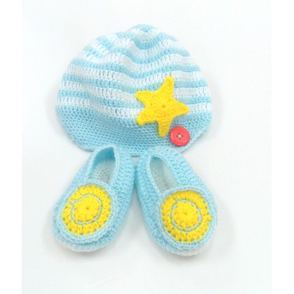 Handmade Crochet Baby Hat + Shoes Blue