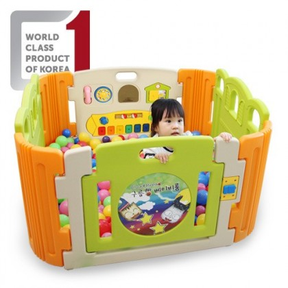 Haenim - Baby Play Yard  4 + 4 Panel with Melody  (Cloud Bread)
